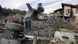Ουκρανικό Boeing: Το Ιράν επιβεβαίωσε ότι εκτοξεύτηκαν δύο πύραυλοι εναντίον του αεροσκάφους