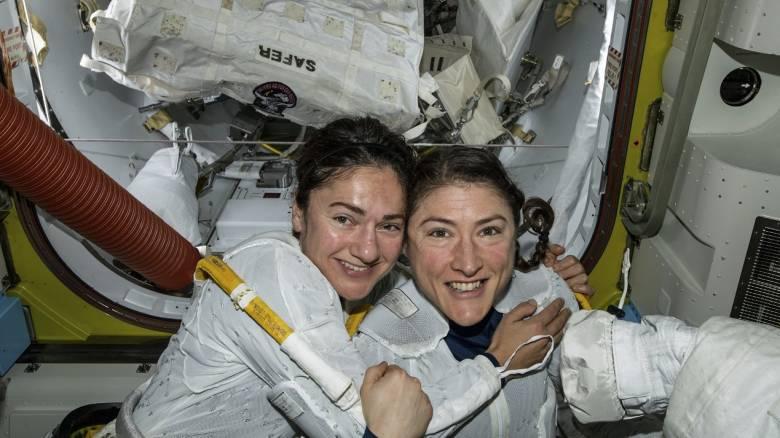 «Βαριές» δουλειές και Μάρτιν Λούθερ Κινγκ στον τρίτο αποκλειστικά γυναικείο διαστημικό περίπατο