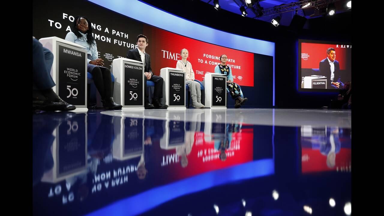 https://cdn.cnngreece.gr/media/news/2020/01/21/204751/photos/snapshot/davos3.jpg