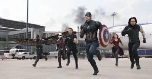 22. Captain America: Civil War (2016) Εισπράξεις παγκοσμίως: 1,153,304,495 δολάρια Πρώτο Σαββατοκύριακο: 179,139,142 δολάρια Κόστος παραγωγής: 250 εκατομμύρια δολάρια