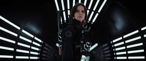 25. Rogue One: A Star Wars Story (2016) Εισπράξεις παγκοσμίως: 1,056,057,273 δολάρια Πρώτο Σαββατοκύριακο: 155,081,681 δολάρια Κόστος παραγωγής: 200 εκατομμύρια δολάρια