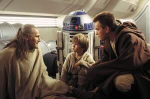 42. Star Wars: Episode I - The Phantom Menace (1999) Εισπράξεις παγκοσμίως: 1,027,044,677 δολάρια Πρώτο Σαββατοκύριακο: 64,820,970 δολάρια Κόστος παραγωγής: 115 εκατομμύρια δολάρια