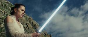 14. Star Wars: The Last Jedi (2017) Εισπράξεις παγκοσμίως: 1,332,244,774 δολάρια Πρώτο Σαββατοκύριακο: 220,009,584 δολάρια