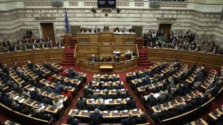 Εκλογή ΠτΔ: Τι λένε πηγές της ΚΟ ΣΥΡΙΖΑ για τις απουσίες Ζουράρι και Μεϊκόπουλου
