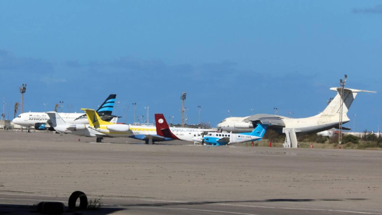 Λιβύη: Βομβαρδισμοί στο αεροδρόμιο της Τρίπολης - Στον «αέρα» η εκεχειρία