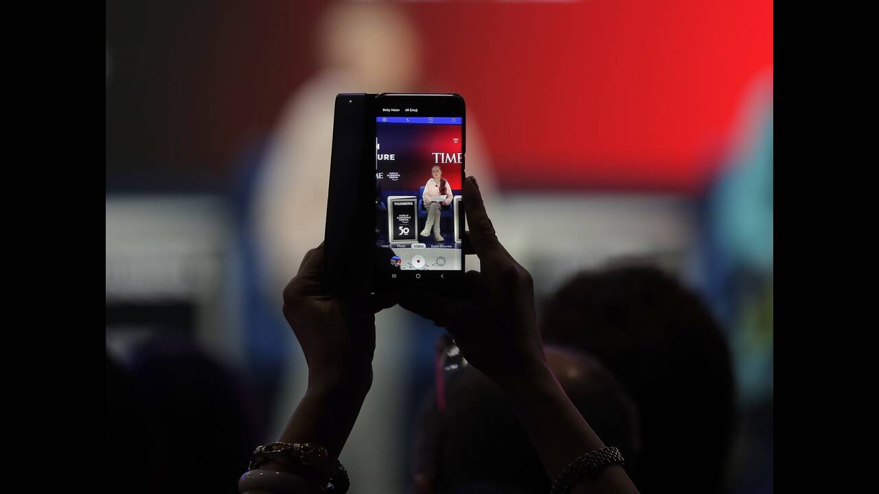 https://cdn.cnngreece.gr/media/news/2020/01/22/204904/photos/snapshot/davos5.jpg