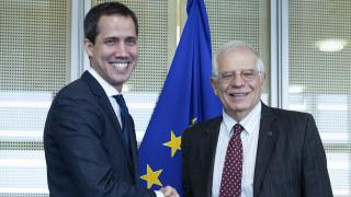Η ΕΕ επιβεβαίωσε την στήριξη στον Γκουαϊδό αλλά δεν ανακοίνωσε μέτρα
