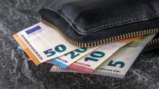 Πάγια ρύθμιση οφειλών: Οι χαμένοι και οι κερδισμένοι των 24 δόσεων