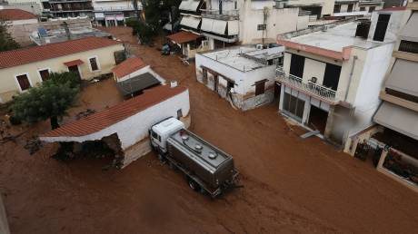 Φονικές πλημμύρες στη Μάνδρα: Ξεκινάει σήμερα η δίκη -  Στο εδώλιο Δούρου & πρώην δήμαρχοι