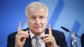 Ζέεχοφερ: Η επιχείρηση «Σοφία» της ΕΕ να μην γίνει υπηρεσία ταξί για μετανάστες