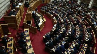 Εκλογικός νόμος: Πέρασε από τη Βουλή με 163 ψήφους