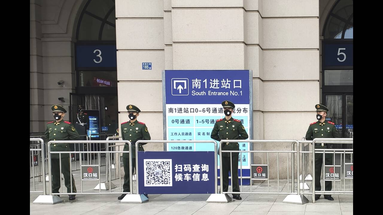 https://cdn.cnngreece.gr/media/news/2020/01/24/205200/photos/snapshot/Wuhan2.jpg