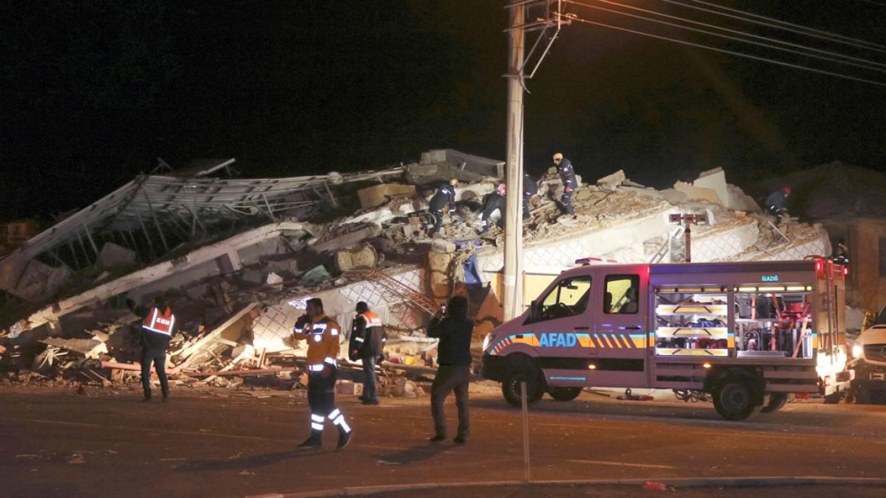 Σεισμός Τουρκία: Τουλάχιστον 18 νεκροί - Ξεπερνούν τους 500 οι τραυματίες