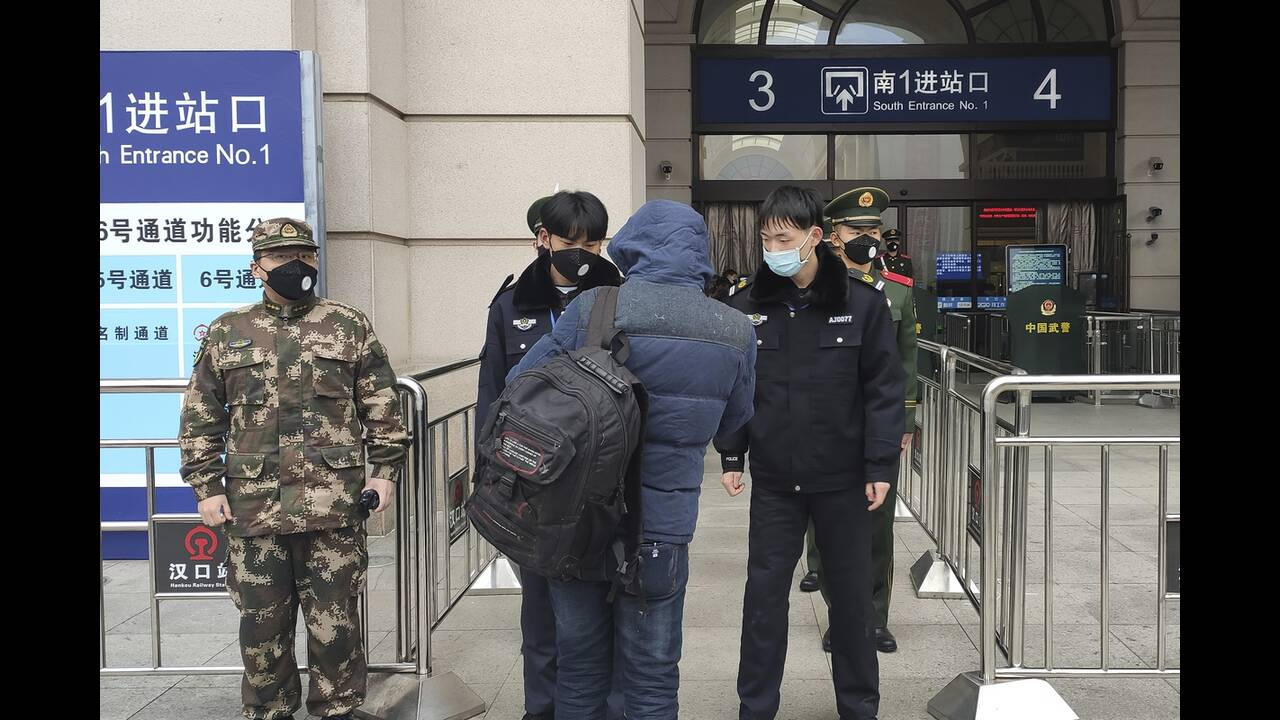 https://cdn.cnngreece.gr/media/news/2020/01/25/205256/photos/snapshot/Wuhan12.jpg