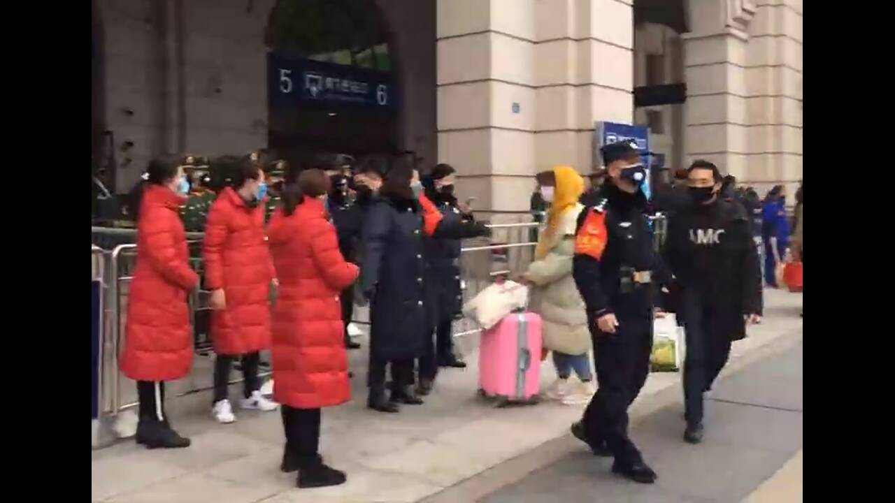 https://cdn.cnngreece.gr/media/news/2020/01/25/205256/photos/snapshot/Wuhan5.jpg