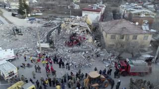Σεισμός στην Τουρκία: Συγκλονιστικό βίντεο από drone δείχνει το μέγεθος της καταστροφής
