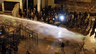 Χάος στον Λίβανο: Συγκρούσεις διαδηλωτών με αστυνομικούς