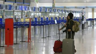 Νέος κοροναϊός: Κλιμάκιο του ΕΟΔΥ έσπευσε στο «Ελ. Βενιζέλος» για έλεγχο γκρουπ Κινέζων τουριστών