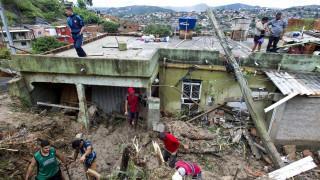 Βραζιλία: Δεκάδες νεκροί από καταστροφικές πλημμύρες