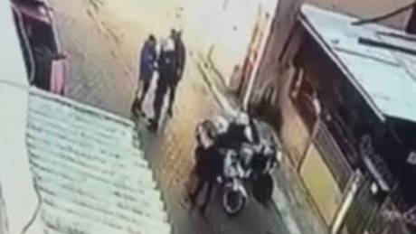 Βιαιοπραγία κατά 11χρονου: Ο αστυνομικός είχε επιτεθεί παλαιότερα και σε έναν οδηγό