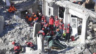Σεισμός στην Τουρκία: Αυξήθηκαν οι νεκροί – Πολλοί άνθρωποι έχουν μείνει άστεγοι