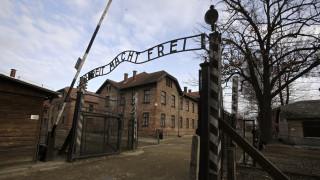 Η 90χρονη που είχε γίνει πειραματόζωο γιατρού των SS επέστρεψε για πρώτη φορά στο Άουσβιτς