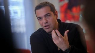 Τσίπρας: Τώρα συνειδητοποιεί η μεσαία τάξη ότι έχει εξαπατηθεί