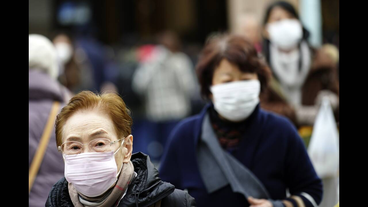 https://cdn.cnngreece.gr/media/news/2020/01/28/205532/photos/snapshot/coronavirus7.jpg