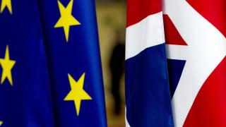 Σχεδόν επίσημο το «διαζύγιο»: Η Ευρωβουλή ψηφίζει για το Brexit