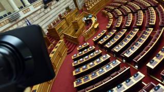 Τροπολογία για το ποδόσφαιρο: «Όποιος καταψηφίζει, διαγράφεται» - Ποιοι απέχουν από την ψηφοφορία