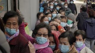 Κοροναϊός: Στην ουρά για μια μάσκα χιλιάδες Κινέζοι εν μέσω επιδημίας... ψευδών ειδήσεων