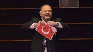 Ευρωβουλή: Οι ευρωβουλευτές της ΝΔ καταδίκασαν την ενέργεια του Λαγού