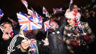 Οι Βρετανοί γιορτάζουν το Brexit