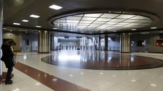 Λήξη συναγερμού: Επαναλειτουργούν οι σταθμοί του μετρό μετά από τηλεφώνημα για βόμβα