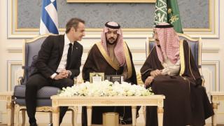 Τα κέρδη Μητσοτάκη σε Σαουδική Αραβία και Εμιράτα