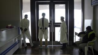 Νέος κοροναϊός: Στους 427 οι νεκροί, 20.000 κρούσματα σε 25 χώρες