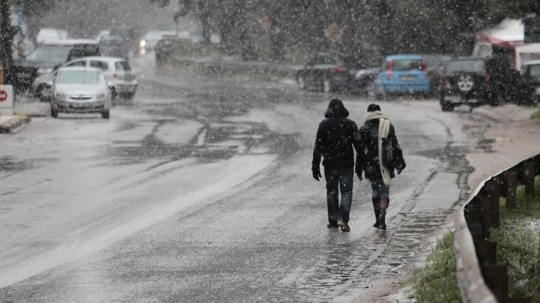 Έκτακτο δελτίο επιδείνωσης καιρού από την ΕΜΥ: Χιόνια, καταιγίδες και θυελλώδεις άνεμοι
