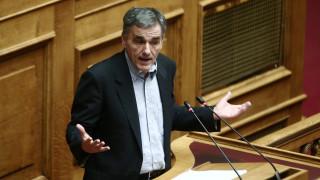 Απάντηση Τσακαλώτου σε Γεωργιάδη για την προστασία της πρώτης κατοικίας