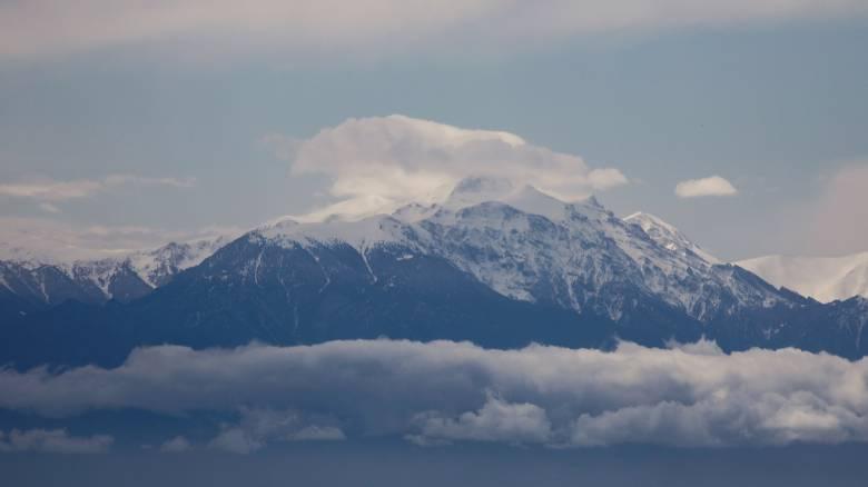 Καιρός: Βροχές, παγετός και χιόνια σήμερα - «Βουτιά» για τον υδράργυρο