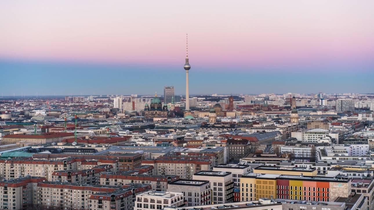 Ένα σύντομο «οδοιπορικό» στα εμβληματικά πολιτιστικά σημεία του Βερολίνου