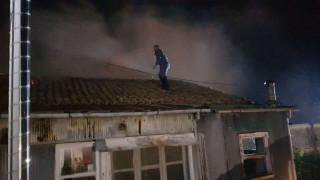 Λευκάδα: Μεγάλη φωτιά στο κέντρο της πόλης - Κάηκαν σπίτια