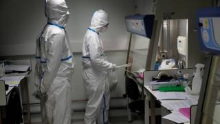 Η πιο θανατηφόρα μέρα της επιδημίας: 722 νεκροί από τον κοροναϊό, 34.400 κρούσματα