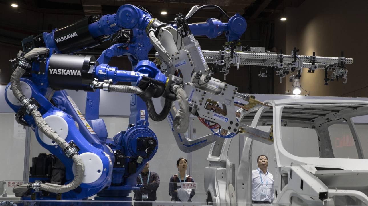 Ο κοροναϊός απειλεί την κινεζική αλλά και την παγκόσμια αυτοκινητοβιομηχανία