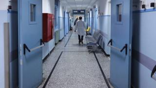 Βόλος: 50χρονος έπεσε από τον 2ο όροφο του Γενικού Νοσοκομείου
