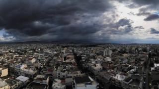 Καιρός: Ανεβαίνει ο υδράργυρος τη Δευτέρα - Πού θα βρέξει