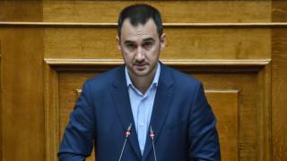 Χαρίτσης: Αρρύθμιστο εκκρεμές οι πολιτικές της κυβέρνησης - Διεθνής διασυρμός της χώρας