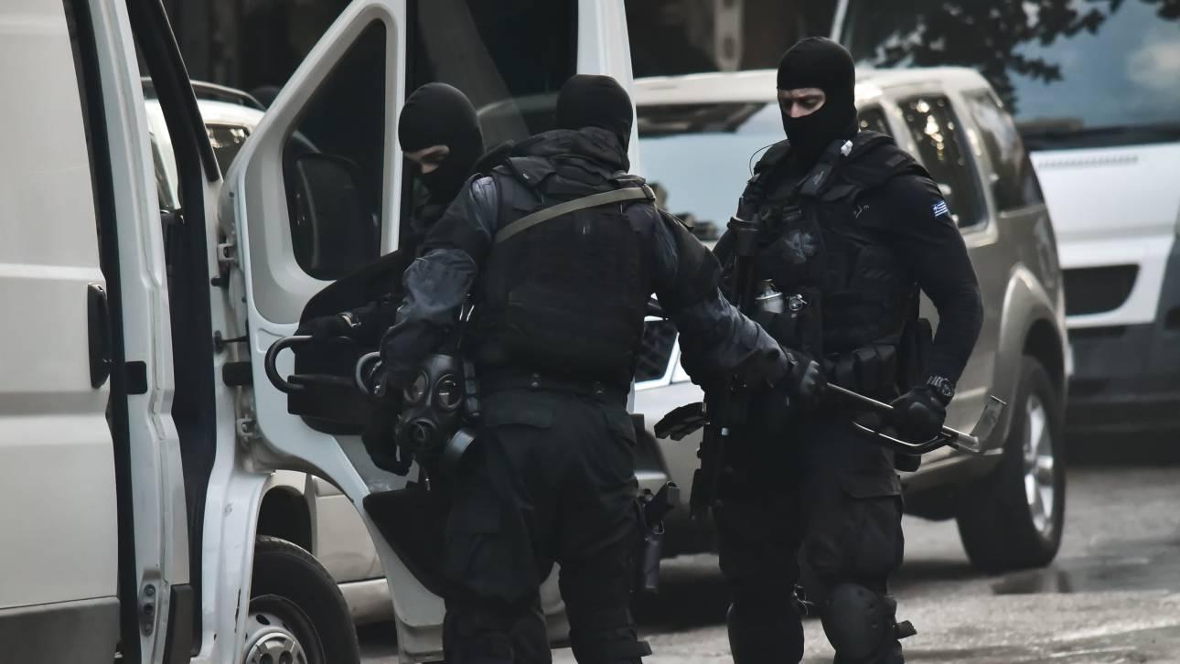 Αστυνομική επιχείρηση στα Εξάρχεια - Συλλήψεις και προσαγωγές για ναρκωτικά