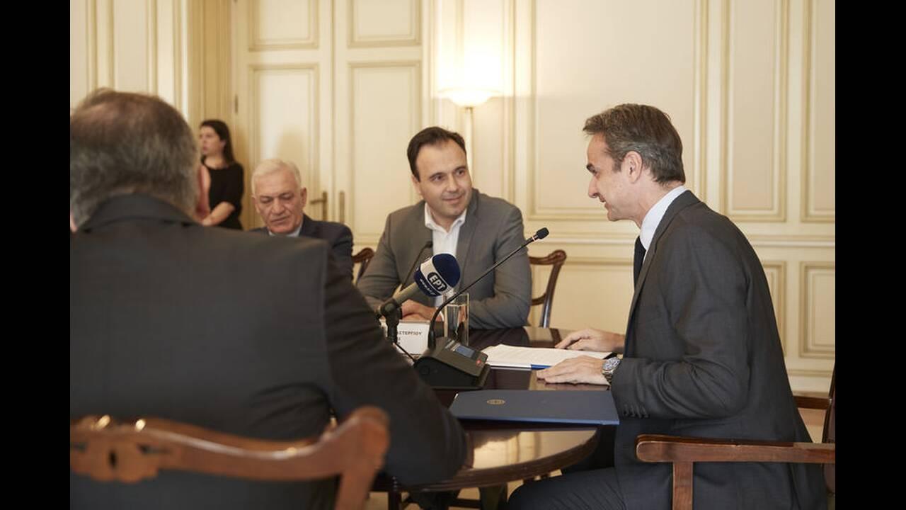 https://cdn.cnngreece.gr/media/news/2020/02/10/207126/photos/snapshot/mitotakis-kede-2.jpg