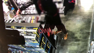Βίντεο - ντοκουμέντο: Πώς ρήμαζαν καταστήματα ηλεκτρονικών χωρίς να γίνουν αντιληπτοί
