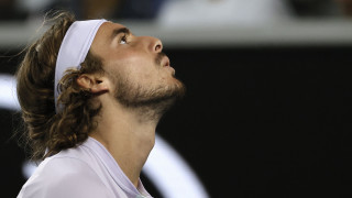 Τένις: Αποκλεισμός για Τσιτσιπά, πρόκριση για Σάκκαρη
